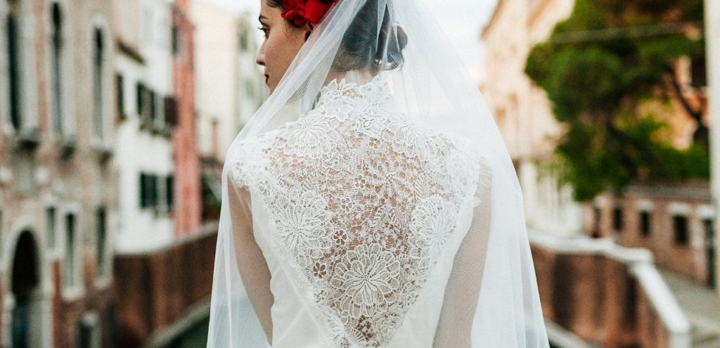 Création d'une robe de mariage sur mesure (2017-mona-2)