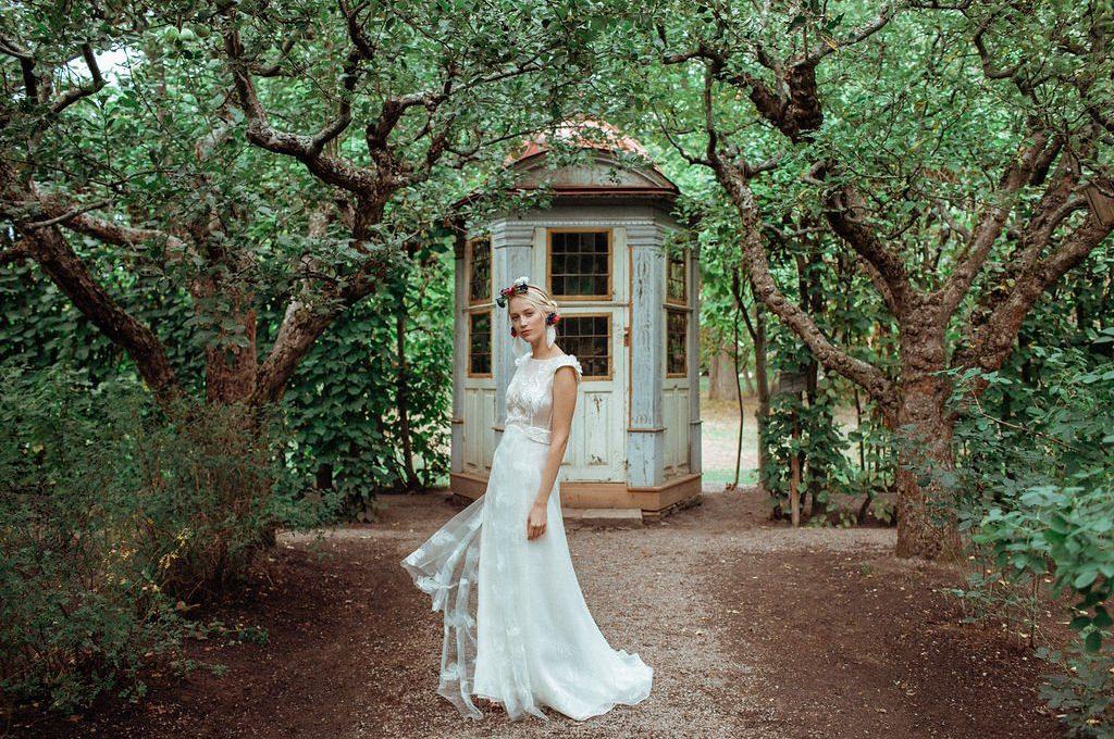 Création d'une robe de mariage sur mesure (2019-ylva-1)
