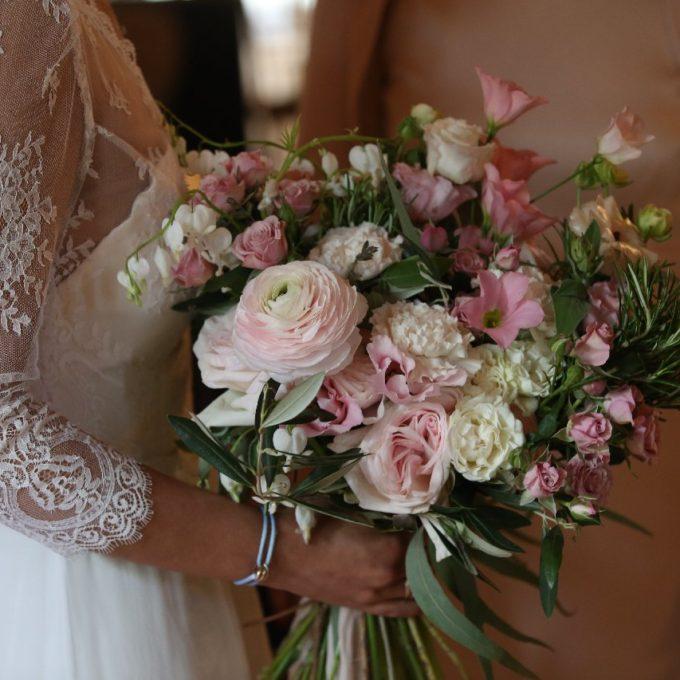 Création d'une robe de mariage sur mesure (hajar-4)