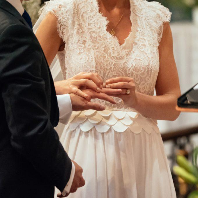Robe de mariée sur-mesure Constance Fournier I Fleur, mariée 2017