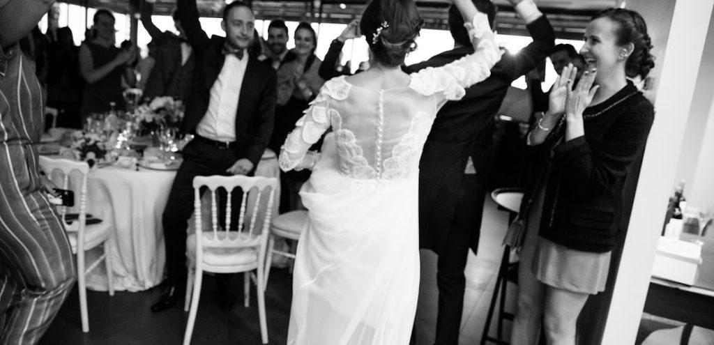 Robe-de-mariée-Constance-Fournier-Création-unique-sur-mesure-haute-broderie-Cécile-Henri-Mariée2017-Laura