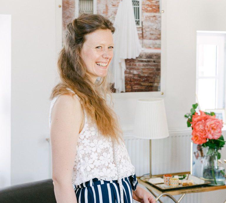 Eléonore, styliste-modéliste chez Constance Fournier