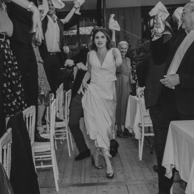 Robe-de-mariée-Constance-Fournier-Photographe-Constance-Viot-Mariée2021-Caroline